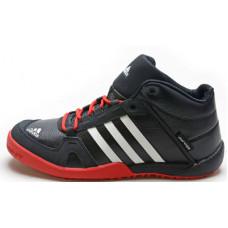 Зимние ботинки Adidas Daroga с красным